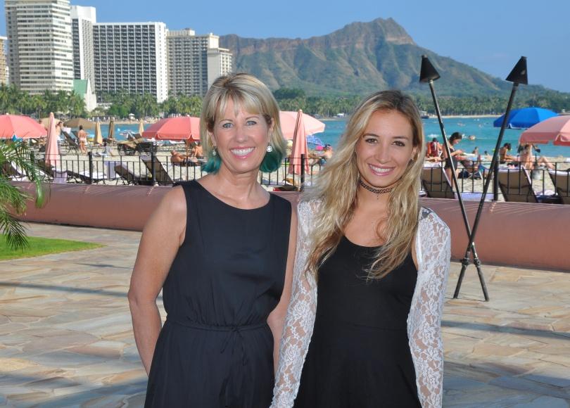 Mother Daughter Waikiki