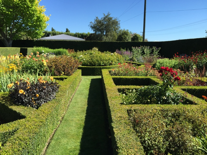 Upton Oaks English Country Gardens