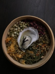 Oyster infused with tea