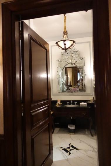 Rambagh Palace bathroom