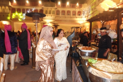 Wedding guests at the buffet Jaipur City Palace
