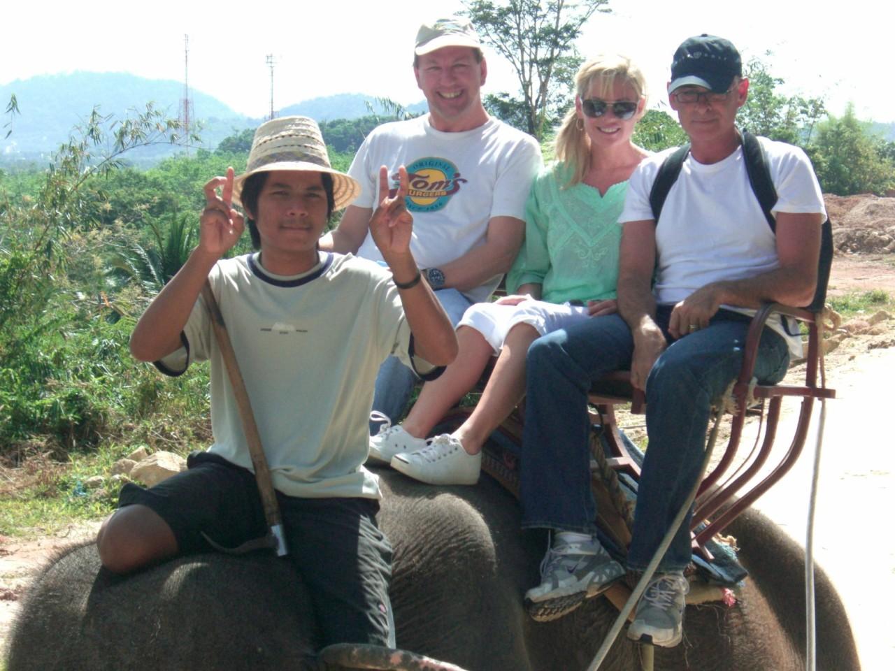 elephant chuck margie robert 1