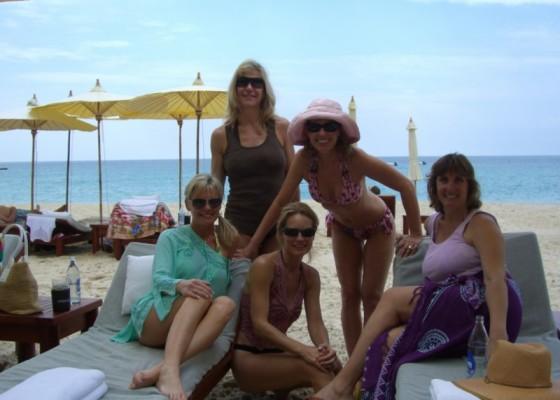 Andaman Sea Babes